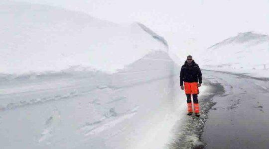 Veel, heel veel sneeuw op de Grossglockner Hochalpenstrasse