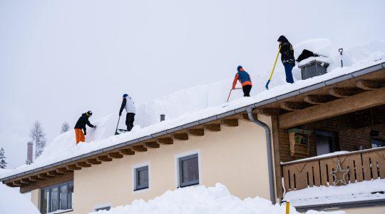 Je dak sneeuwvrij maken: hoe en waarom?