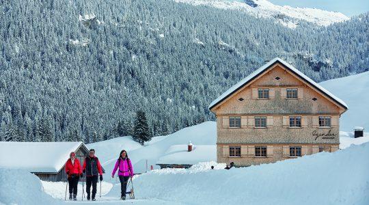 Afwisselend winterwandelen in het Bregenzerwald