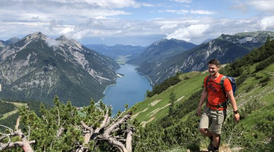 Prachtige wandeling naar de Bärenkopf (1991m) met uitzicht op de Achensee